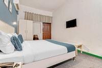 SilverKey Executive Stays 29520 Metro Hospital Noida Saver
