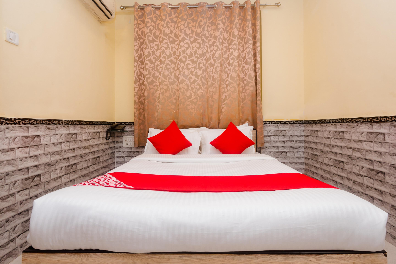 OYO 29550 Hotel Nivara