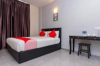 OYO 756 Muar City Hotel