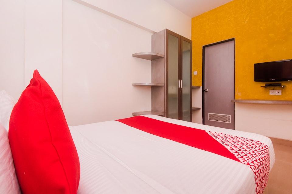 OYO 29632 Hotel Chinar Inn