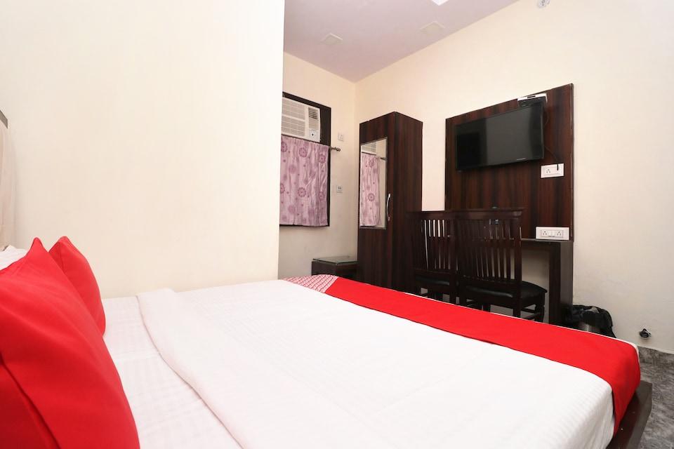 OYO 29642 Hotel Gsc International