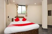 OYO 29652 Hotel Subodaya