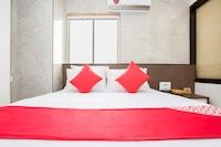 OYO 29653 Royal Inn Deluxe