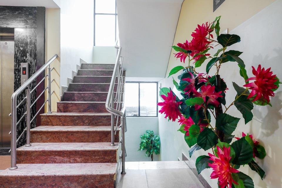 Capital O 29675 Hotel Tiruchendur Mani Iyer, Palani, Palani