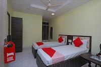 OYO 29689 Hotel Pramod