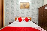 OYO 161 Hoang Yen Nhi Hotel
