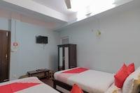 OYO 320 Mega Hotel
