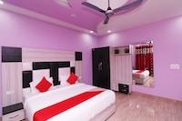 OYO 29790 Raj Hotel