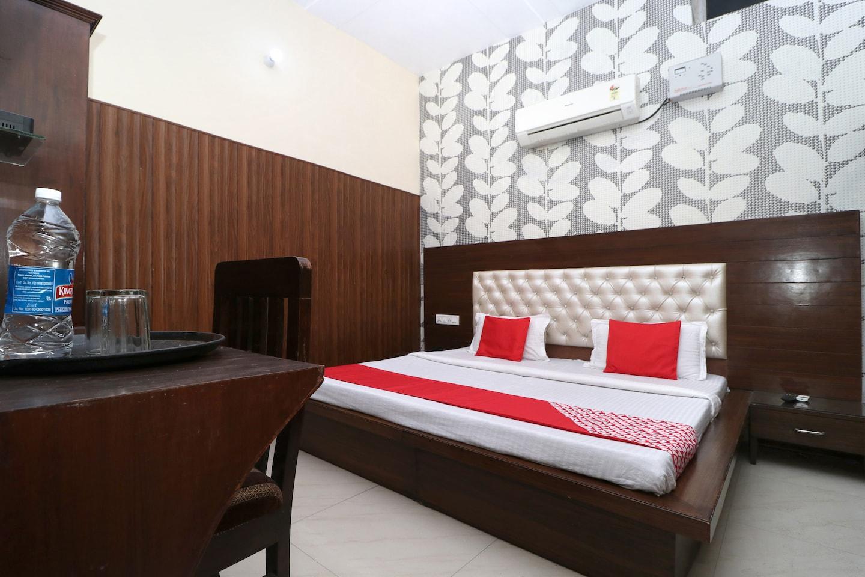 OYO 29806 A K Regency Hotel -1