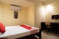 OYO 29848 Hotel Aditya Inn