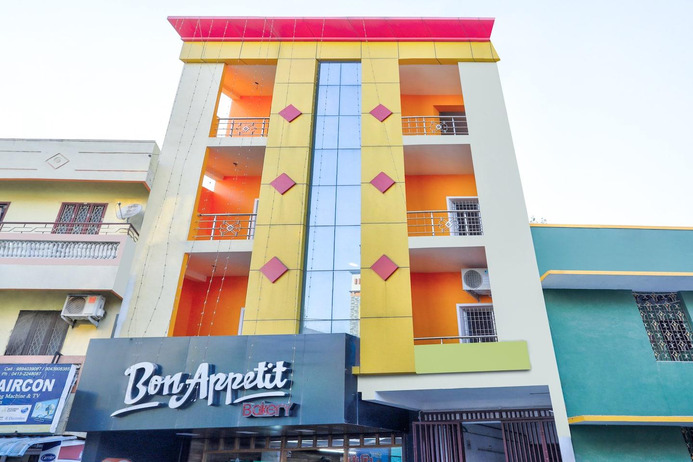OYO 29878 Sri Abirami Inn -1