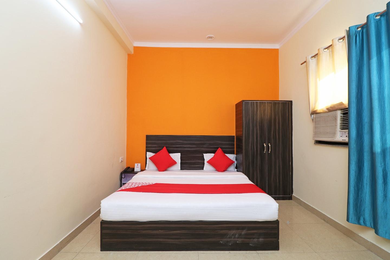 OYO 29909 Hotel Dev -1