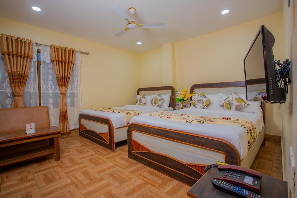 OYO 329 Hotel Utsav