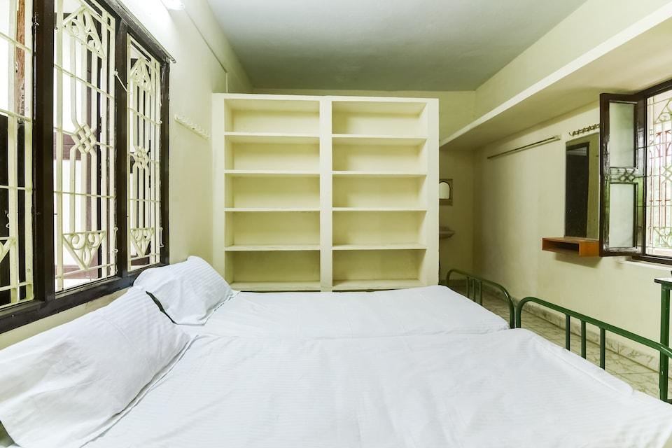 SPOT ON 29934 Sakthi Guest House