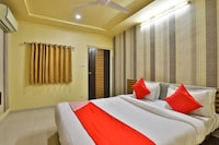 OYO 29992 Hotel Shreeji Palace