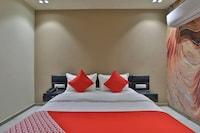 OYO 30072 Hotel Lotus Inn