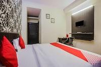 OYO 3446 Hotel Sanjary Palace
