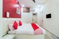 OYO 30112 Hotel Vaishnavi