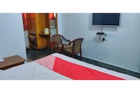 OYO 30121 Hotel Shanti Inn Deluxe