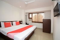OYO 30126 Krish Guest House