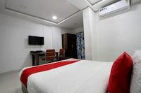 OYO 30135 Hotel Orange Suites