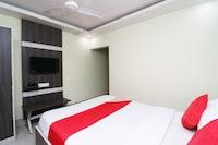 OYO 30163 Hotel Taj Palace