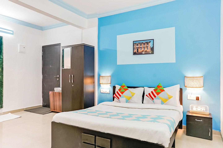 OYO Home 30168 Designer Studio Fatima Nagar -1