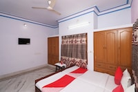 OYO 30180 Aadhya Home Stay