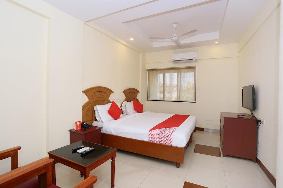 OYO 30235 Hotel Pearl Residency