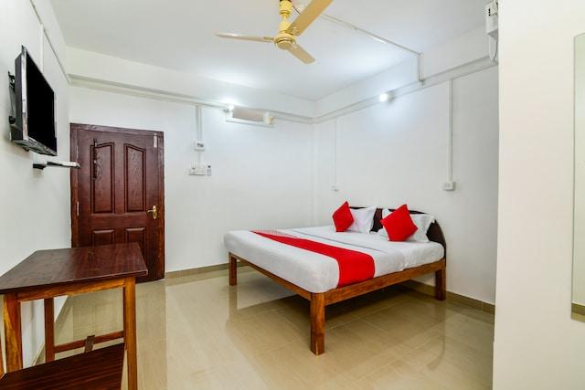 OYO 30238 Punjab Residency