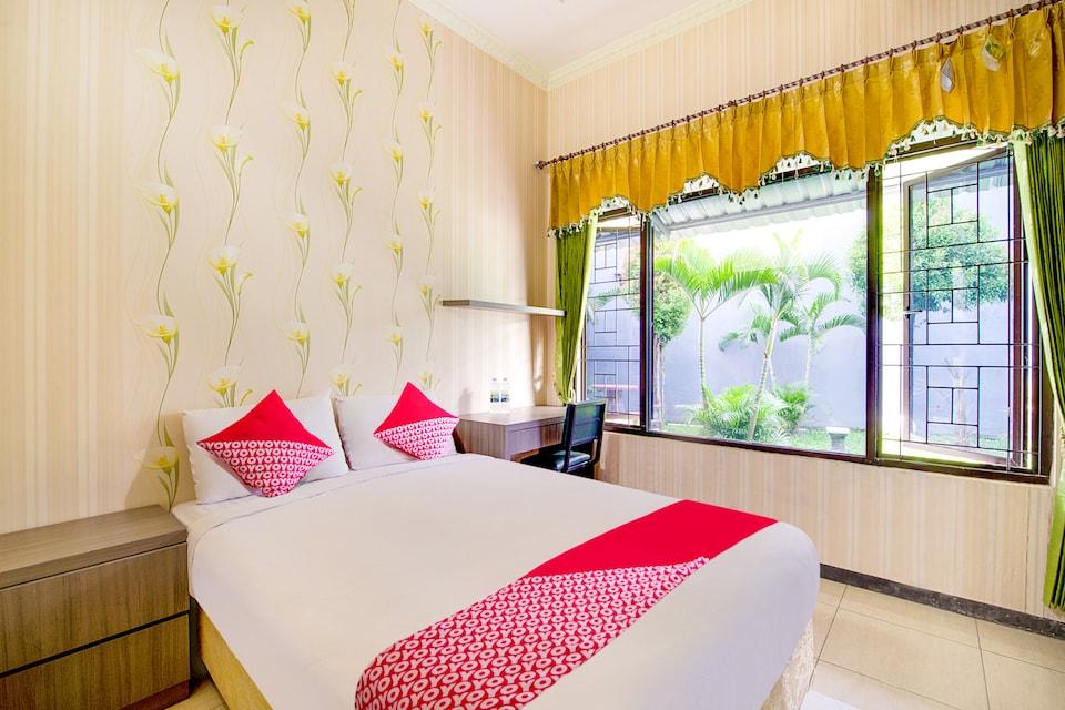 OYO 511 Grace Residence, Sambikerep, Surabaya