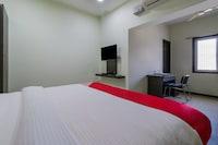 OYO 30260 Jupudy Residency Deluxe