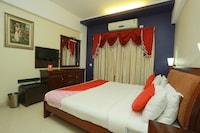 OYO 30272 Hamara Hotel