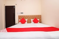 OYO 30288 Hotel Moon Palace