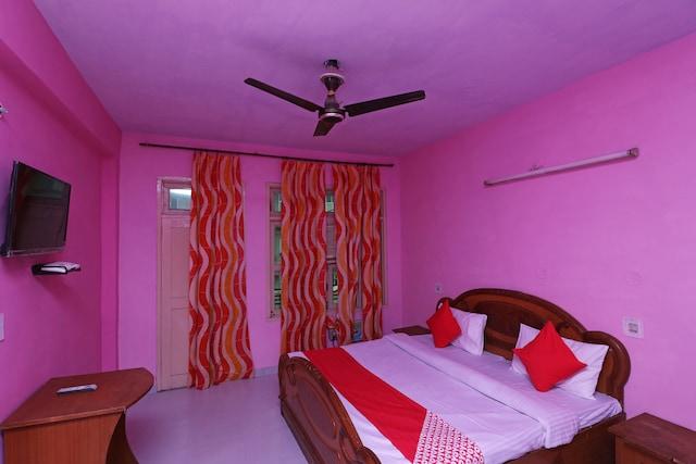 OYO 30295 Hotel Vishwamitra