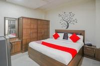 OYO 30319 Onus Hospitality The Luxurious Hotel