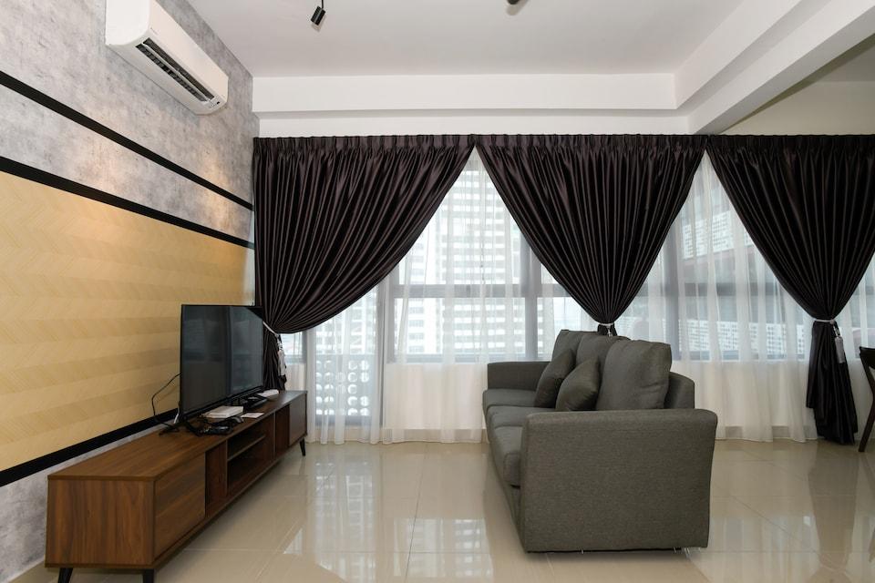 OYO Home 785 Lovely 1BR Arte Plus