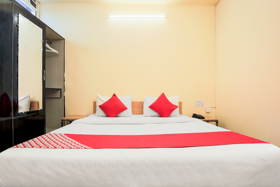 OYO Flagship 30350 New Residency Sector 17 Rohini