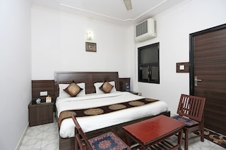 OYO Rooms 406 Railway Station Paharganj