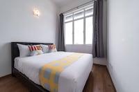 OYO Home 790 Premium 2BR Vue Residences