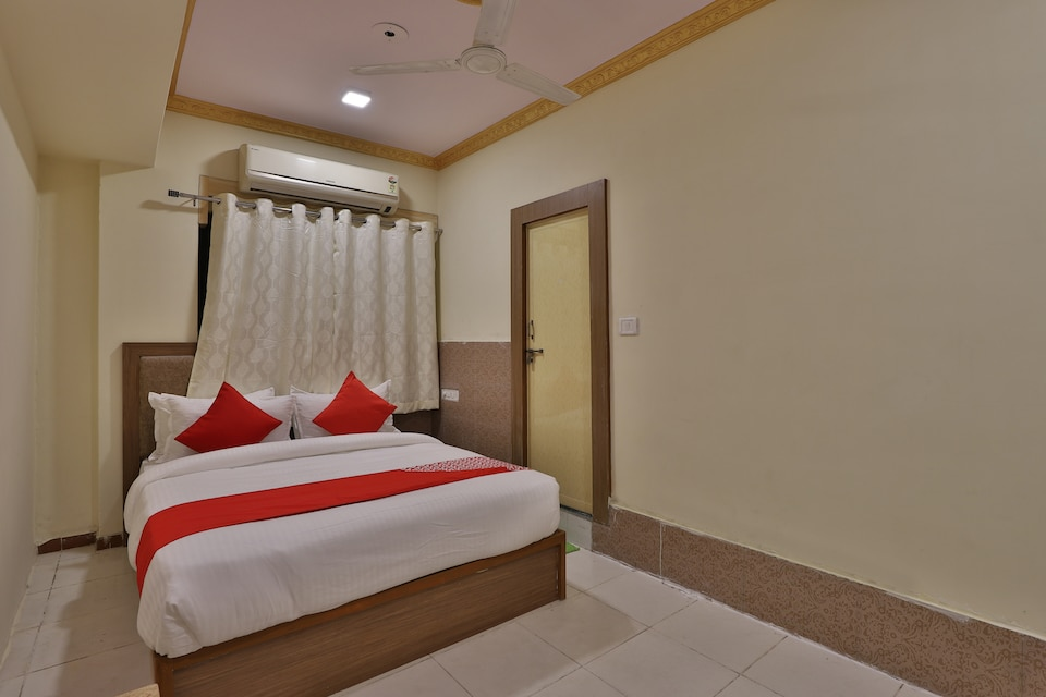 OYO 30369 Abc Hotel