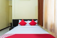 OYO 30379 Hotel New Paradise Saver