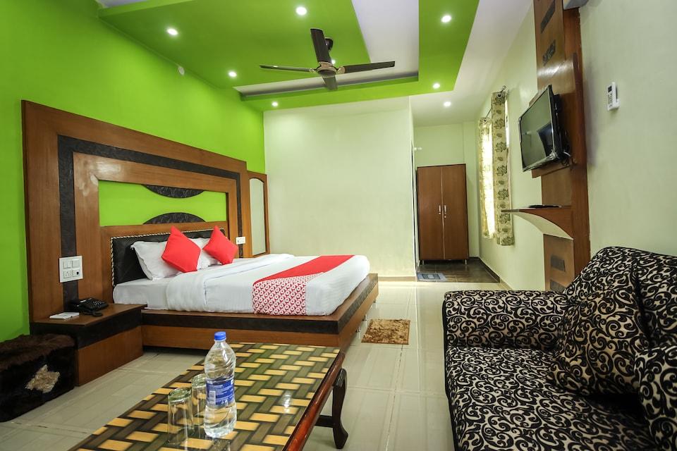 OYO 30382 Rajat Hotel