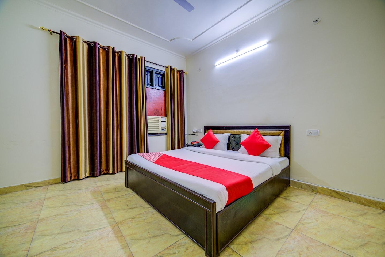 OYO 30398 Hotel Royal Residency -1