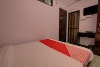 OYO 30463 Ashu Bini Hospitality Gokul Dham Film City Saver