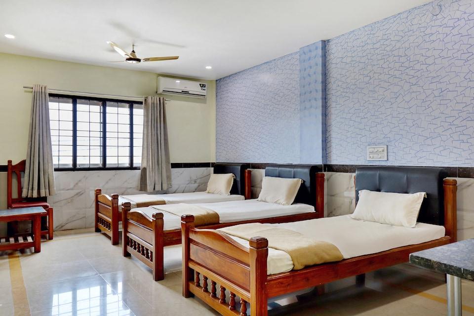 SPOT ON 30492 Hotel Sri Krishna