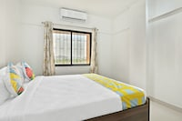 OYO Home 30500 Cosy Stay 2bhk