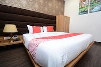 OYO 30508 Hotel Four Seasons Deluxe