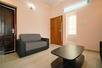 OYO Home 30512 Enthralling Stay