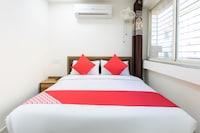 OYO 30524 Relax Inn Saver